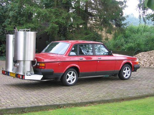 Голландская Volvo 240, укомплектована современной газогенераторной системой из нержавеющей стали